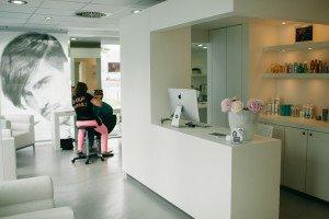 Haargenau Salon Empfang
